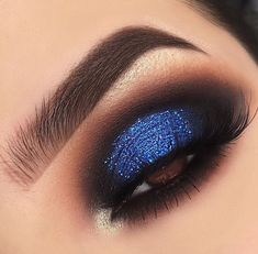 50 Best Makeup Ideas For Your Prom Night Prom Make-up-Ideen; natürliches Make-up; Augen Make-up Idee Dramatic Eye Makeup, Eye Makeup Steps, Blue Eye Makeup, Smokey Eye Makeup, Eyeshadow Makeup, Makeup Brushes, Pink Eyeshadow, Makeup Remover, Blue Eyeshadow For Brown Eyes