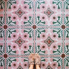 Peachy pink tiles perfect for adding a pop of colour into a Kitchen. Peachy pink tiles perfect for a Tile Patterns, Textures Patterns, Color Patterns, Color Schemes, Boho Pattern, Green Pattern, Interior And Exterior, Interior Design, Islamic Art