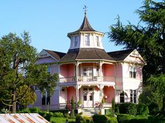 Pink Victorian gingerbread house  The Parrot Mansion in Roseburg, Oregon