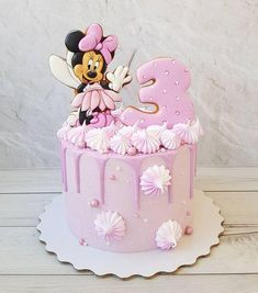 Birthday girl themes children 29 Ideas for 2019 Minni Mouse Cake, Bolo Da Minnie Mouse, Mickey And Minnie Cake, Mickey Mouse Cupcakes, Mickey Cakes, Mini Mouse Birthday Cake, Baby Birthday Cakes, Mickey Birthday, Hello Kitty Birthday