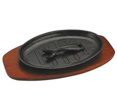 Zodiac Oval Sizzle Platter Cast Iron Induction Ready