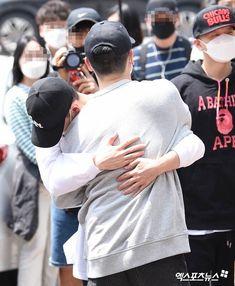 Btob Ilhoon, Im Hyunsik, Lee Changsub, Lee Minhyuk, Monsta X, Chef Jackets, Baseball Hats, Sung Jae, Album