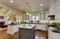 The Mills House - traditional - kitchen - san francisco - The Douglass Company