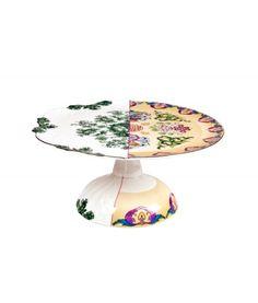 CTRLZAK disegna questa Alzata Raissa della collezione Hybrid.Il mix estetico tra oriente e occidente passato e presente rende questa collezione unica nel suo genere, ottima per dare un tocco artistico alla vostra tavola.