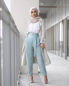 Sohamt clothes in 2019 hijab fashion, modern hijab fashion, Modest Fashion Hijab, Modern Hijab Fashion, Casual Hijab Outfit, Outfits Casual, Hijab Fashion Inspiration, Islamic Fashion, Muslim Fashion, Mode Outfits, Mode Inspiration