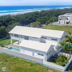 Just Listed  Immaculate and stylish beachfront home designed and master built to fine standards! The owners have superb taste that is reflected throughout  click on the link in our bio for further details on 19 Cylinders Drive Kingscliff.  #lsproperties #luxuryrealestate #exclusiveproperties #luxuryliving #beachfrontliving #luxurylifestyle #kingscliffrealestate by lsproperties