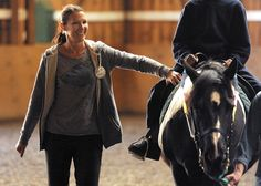 Therapeutic riding helps soldiers cope