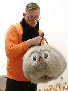 Giles furry It bag