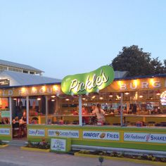 PICKLE'S, a delicious little restaurant nestled in the small (but busy!) Southern beach town bearing the name of Seaside, Florida. This little place can be extremely busy at night, but wait! It's worth it! The fried pickles and burger are De-Li-Cious!!!!!