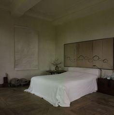 Bare but luxurious bedroom -Alex vervoordt