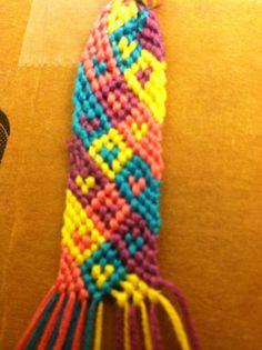 Added by lovemydog Friendship bracelet pattern 6102