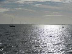 Navegando hacia Volendam, Países Bajos