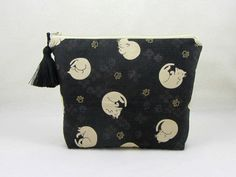 Cat make-up bag, toiletry bag, cotton cat pouch, cosmetic organiser, womens zipper pouch, black cosmetic case by JRsbags on Etsy