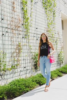 Chic Flavours wearing Viva la Brunch graphic tee from Old Navy in Chicago
