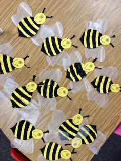 My busy bee attendance chart preschool ideas pinterest for Plastic bees for crafts