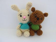 You think you can easily tell them apart, but in fact these two are identical twins made from exactly the same pattern! The bunnys ears just grew a little The only parts that are different for these two are ears and tails. This file has three pattern sections: bunny and bear for parts that are the same for both, bunnys (for bunny ears and tail) and bear (for bears ears and tail). Then, the assembling part is again for both animals.The samples were worked in Knit Picks Brava Worsted. A…
