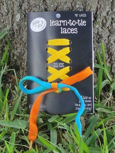 Awesome laces to help kids learn to tie their own shoes!