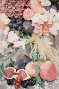 ягодная свадьба оформление