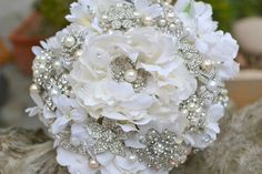 Large Pearl Bridal Brooch Bouquet