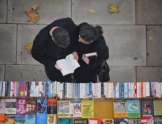 Sidewalk books in London