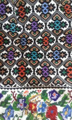 Folk Fashion, Shawl Patterns, Native American Beading, Pattern Fashion, Baroque, Needlework, Beaded Jewelry, Cross Stitch, Traditional