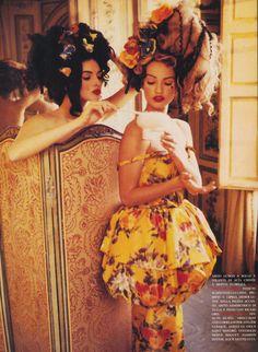 The Ugly Stepsisters [Helena Barquilla & Karen Mulder by Ellen von Unwerth for Vogue Italia]