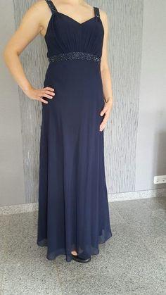 17f49cbf7609 Die 46 besten Bilder von Kleidung   Clothes, Curve prom dresses und ...