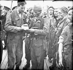 Soldiers who took part in Operation JUBILEE, the raid on Dieppe, returning to England, 19 August 1942