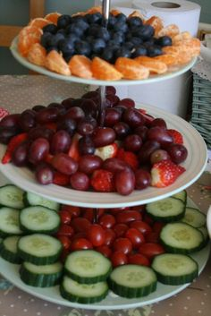 Beautiful Fruit Platters | Beautiful fruit and veg platter @Brenda Franklin Myers Sapanghila ... | Party ...
