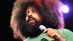 Love me some Reggie Watts! Reggie Watts disorients you in the most entertaining way Reggie Watts' beats defy boxes. Unplug your logic board and watch as he blends poetry and crosses musical genres in this larger-than-life performance. Ted Talks, Ted Videos, Reggie Watts, Live Comedy, Comedy Acts, The Power Of Music, Teaching Music, Have Time, Video Clip
