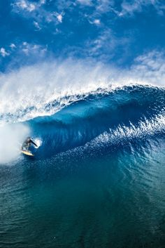 Faster than waves   #surfing http://www.blueprinteyewear.com/