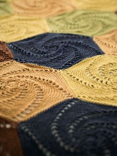 Beautiful pattern ... I think I'm over joining for the moment, but when I'm back in action I'll consider this blanket
