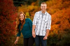 Fun autumn fall outdoor engagement session.