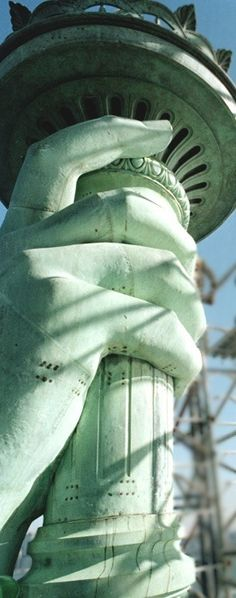 Statue of Liberty http://newyorkattractionsguide.com/statue-of-liberty-tickets/