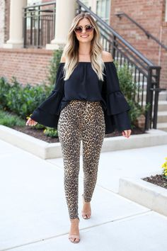 Go wild in the Eva High-Rise Leopard Skinny Jeans from Dress Up! These fun leopard skinny jeans are so easy to style with a black top and heels for a night out! Girly Outfits, Cute Casual Outfits, Pretty Outfits, Fall Outfits, Frilly Skirt, Ruffle Dress, Dress Up, Leopard Print Skirt, Lightweight Cardigan