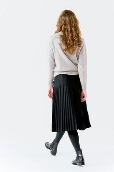 O'NEIL OF DUBLIN kilt skirt