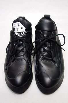 Sneaker Brands, Cleats, Fashion Looks, Footwear, Sporty, Sneakers, Shoes, Football Boots, Tennis