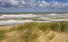 Winterton on Sea Norfolk, England The Places Youll Go, Places To Visit, Beach Drawing, Norfolk England, Great Yarmouth, Modern Garden Design, World Pictures, Natural Scenery, Us Beaches