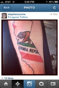 Cool idea to do for your state, would do New Mexico obviously. California Bear Tattoos, California Flag, Home Tattoo, I Tattoo, Girl Tattoos, Flag Tattoos, State Outline, Art Quotes, Tatting