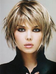 Shaggy Short Hair, Layered Haircuts With Bangs, Short Shag Hairstyles, Haircuts For Fine Hair, Short Hair With Layers, Short Hair Cuts For Women, Hairstyles Haircuts, Short Choppy Haircuts, Modern Haircuts