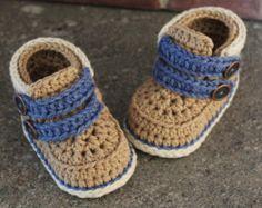 Baby boys Booties Crochet Shoes Jett Boots Instant por Inventorium