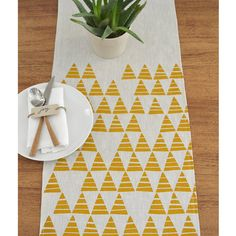 This graphic triangle print is so versatile and can be used all year round but would be a very stylish addition for all the upcoming holidays! Just