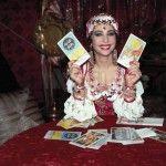 Cloris Brosca: La Zingara de La Luna Nera torna in tv!