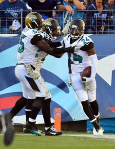 Jacksonville Jaguars get their first win! Sports Update, Jacksonville Jaguars, Football Helmets, Athlete