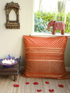 Shimmering Goldstone Take a look at www.bringingitallbackhome.co.uk for Indian mirrors, textiles and furniture