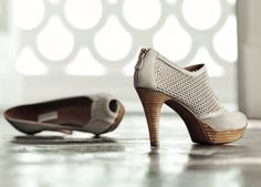 Fratelli Rossetti, Spring/Summer 2012.  Love any shoe with peep toes