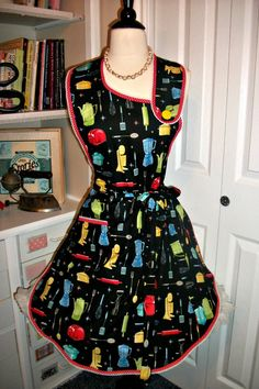 Retro Kitchen handmade apron by mimisneedle on Etsy, $35.95