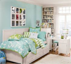 small teen bedroom layout | Designing Home: 10 Design Solutions for ...