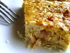 Everyone has heard of a quiche lorraine . But have you ever heard of a tuna quiche ? In France, we conjugate quiches in many flavors: with. Low Carb Recipes, Snack Recipes, Cooking Recipes, Yummy Recipes, Tuna Recipes, Snacks, Brunch Recipes, Cake Recipes, Breakfast Recipes