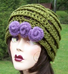 AnniesWearableArt crochet hat with felted wool flowers